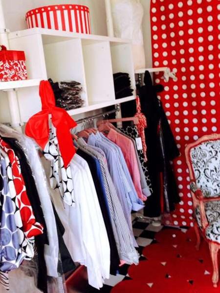 ATC Aluminum Trailer Company / Mobile Clothing Retail Store