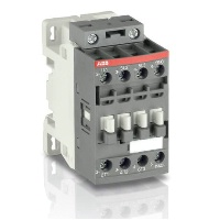 3-Pole Contactors AC/DC Operated with Screw Terminals