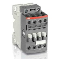 4-Pole Contactors AC/DC Operated with Screw Terminals